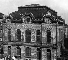 Synagoga w Przemyślu, wybudowana w 1905 roku. Dziś mieści się tu Przemyska Biblioteka Publiczna.